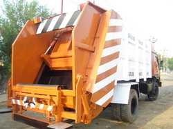 powerful refuse compactor