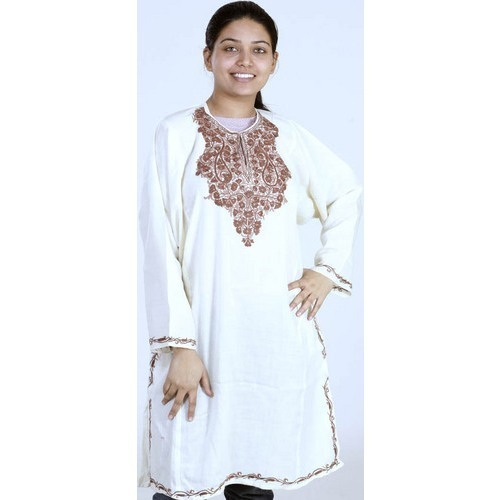 94d92cbd68 Hand Embroidery - Ladies Kurti Service Provider from Delhi