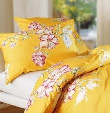 Bombay Dyeing Blooms-Bed Sheets