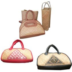 Stylish Cane Leather Hand Bags