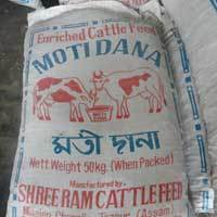 Cattle Feed 01