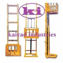 goods lifts machine