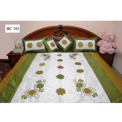 White and Green Bedsheet