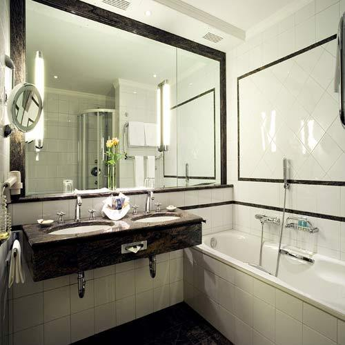Cleaning services bathroom cleaning service provider for Bathroom cleaning companies