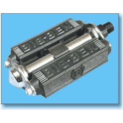 Standard Bicycle Pedals  :  MODEL BP - 4180