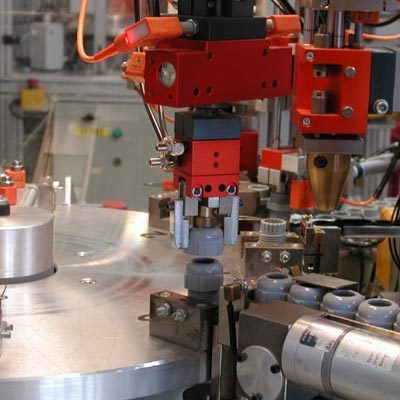 incorporation of technology and automation in manufacturing President-elect trump's promise to bring back production jobs ignores the realities of advanced manufacturing manufacturing jobs aren't coming automation.