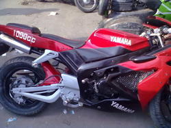 Pulsar 150cc Modified in Yamaha R1