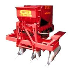 Semi-Automatic Potato Planter with Fertilizer