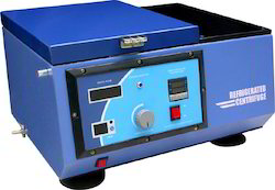 Refrigerated Centrifuge Machine Medium Speed-7000 R.P.M.