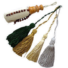 small mini tassels for greeting cards and wedding invites