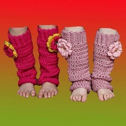 Free Crochet Pattern 70440AD Leg Warmers : Lion Brand Yarn