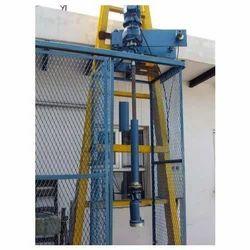 Valving and Devalving Machine For Cylinder Valves