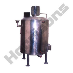 Juicer Mixer Tank With Heating Arrangement