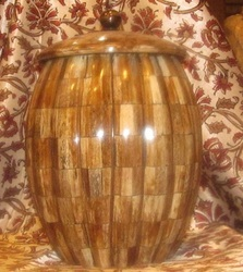 Handicraft Pot