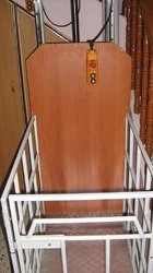 Battery Powered Vertical Wheelchair Lift Indoor