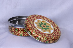 Golden Mennakari Puri Dabba/Box