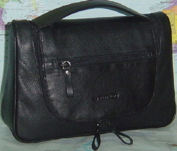 Black Leather Toilet  Bag