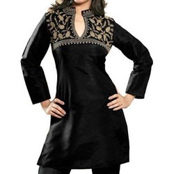 Ladies Black Kurties