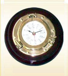 Ship Porthole Clock