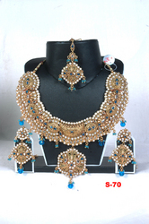 Heavy Round Shape Necklaces