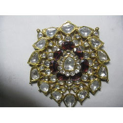 Jadau Traditional Gold Pendant