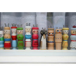 Wood And Knit Spools