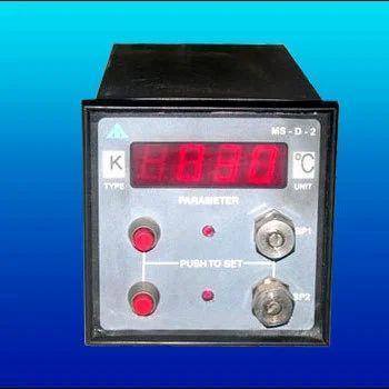 Digital Temperature Indicator Cum Controller