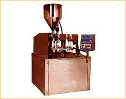 Tube Filling Machines For Laminated / Plastic Tubes