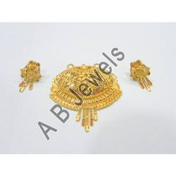 Gold pendants golden pendant manufacturer from new delhi golden pendant mozeypictures Choice Image