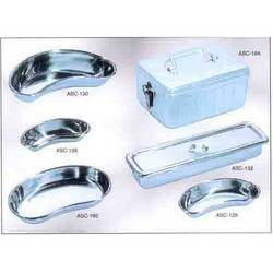 Kidney Trays (Emesis Basin)