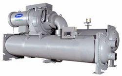 9 XR, XRV Высокоэффективный герметичный центробежный жидкостный чиллер 50/60 Гц HFC-134a.  Центробежные...