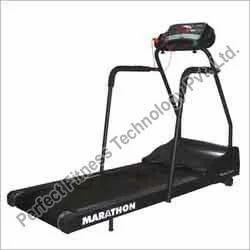 Inclined Marathon Treadmill