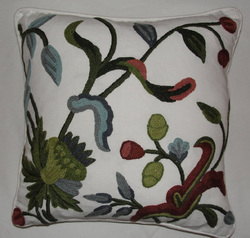 Crewel Pillow Alissa White Cotton Duck (16x16)