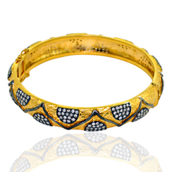 Traditional Gold Diamond Bangle