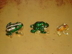 Frog Arts Pill Box