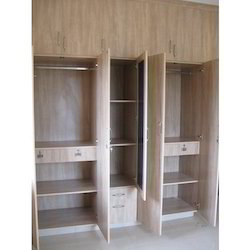 Spacious Wardrobe (Open)
