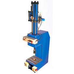 Hydropneumatic Riveting Press