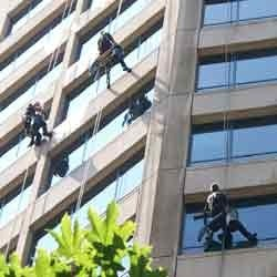 window facade cleaning services