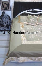Velvet Silk Beddings With Cushion Covers