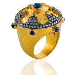 Traditional Gold Ring