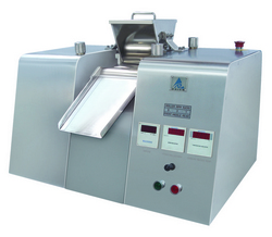 Lab scale Triple Roller Mill