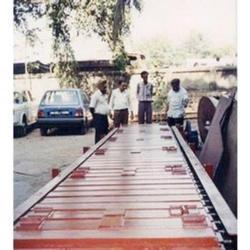 slat conveyor with indexing
