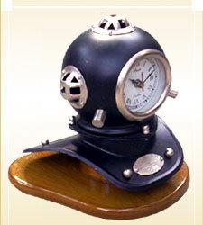 Divers Helmet With Clock1