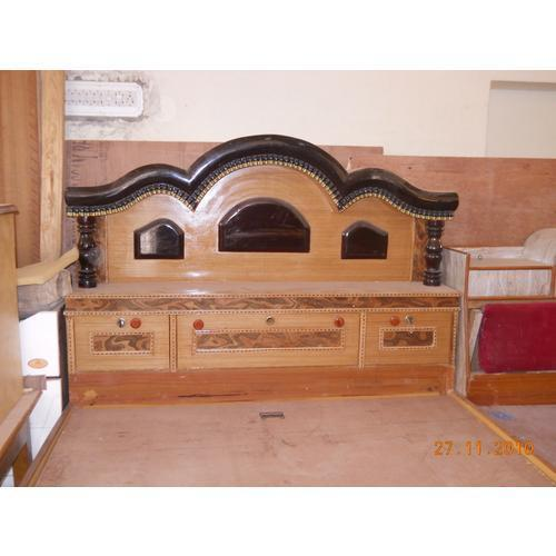 Pics for indian wooden box bed designs for Double bed with box design