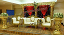 Latest Wedding Gold Stage Set