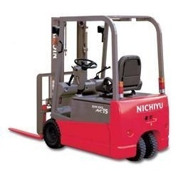 Three Wheeler Forklift Rental Services