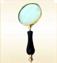 Magnifying Lense Wooden Handle