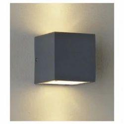 Outdoor Directional Wall Light