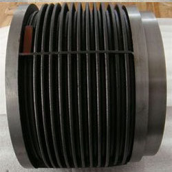 finned liner piston ring