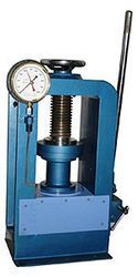 Compression Testing Machine 1000 KN (Hand Operated) - 02